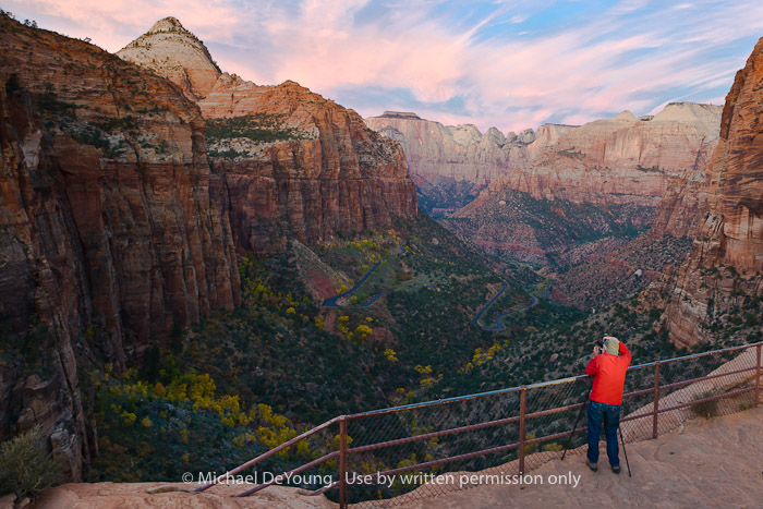 Terry Thompson (High Mesa Productions) photographing sunrise at Canyon Overlook