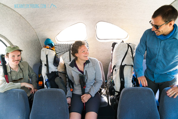 PCT SOBOs from France, on the bus from Stehekin to High Bridge